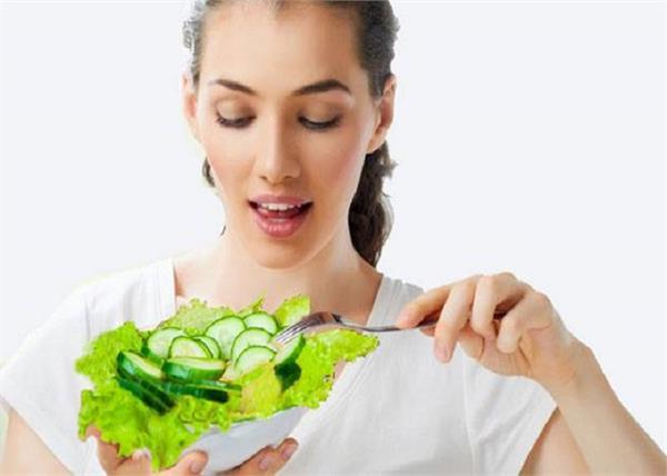 खीरा खाने के 12 जबदस्त फायदे, क्या जानते हैं आप ?