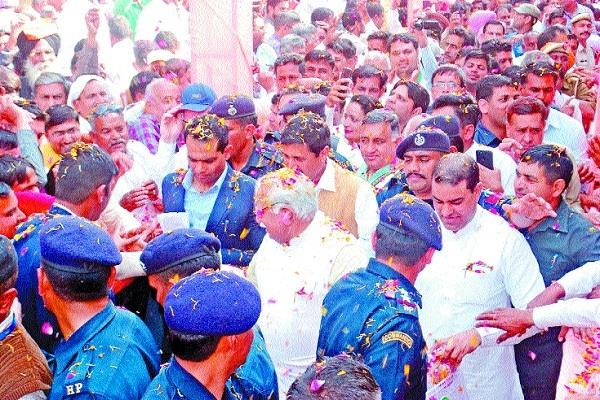there is no conflict of interest in bjp differences must be khattar