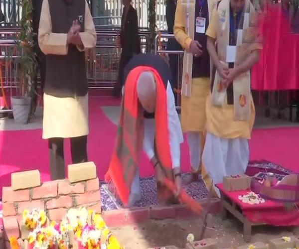 modi favda will run by the foundation stone of sri vishwanath temple corridor