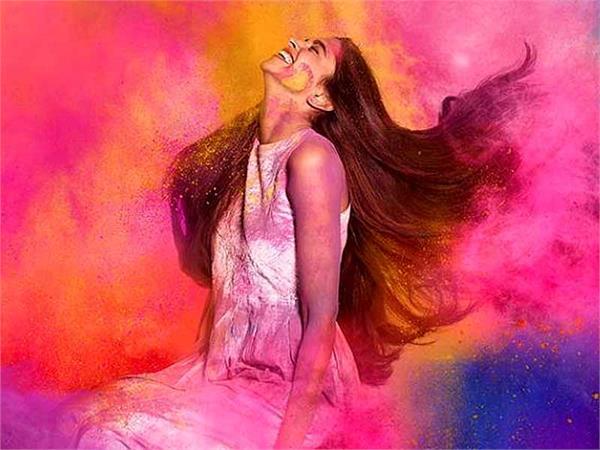 Holi Spl: बाल और स्किन पर नहीं होगा रंगों का असर, 8 टिप्स करेंगे बचाव