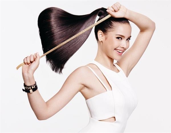 Hair Care: बालों की ग्रोथ तेजी से बढ़ाएंगे ये 5 आयुर्वेदिक टिप्स