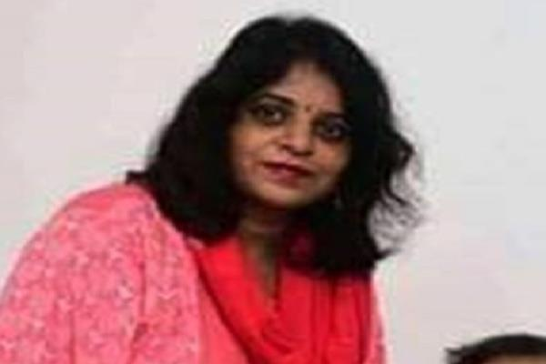 mp deputy commissioner s wife hanged suicide note tells suicide