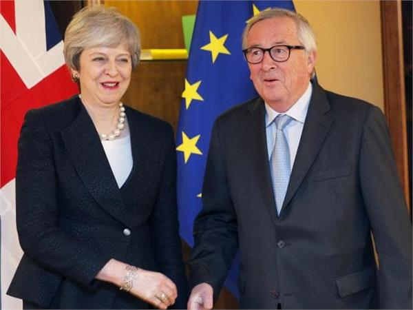 uk eu agree to  legally binding changes  to brexit deal
