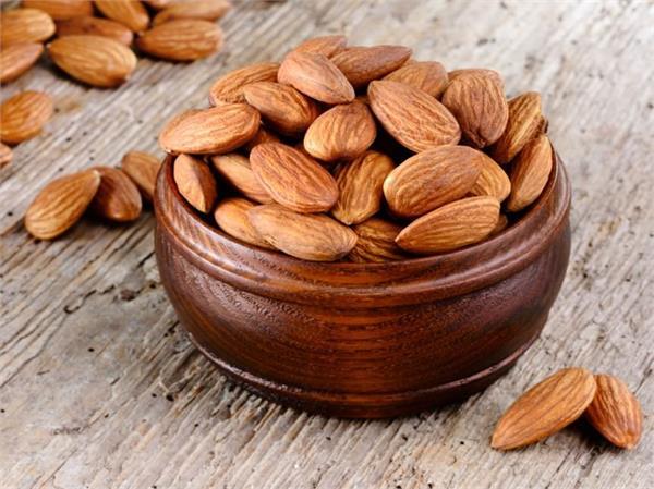 Health Update: सेहत का सुरक्षा कवज है ये 3 Dry Fruits, बीमारियां रहेगी कोसों दूर