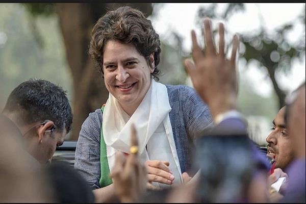 priyanka gandhi vadra react on her first speech