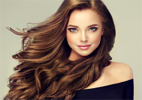 Hair Care: बाल झड़ने के है ये 10 कारण