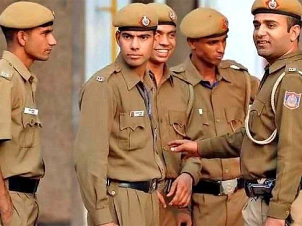 police will hand over visiting cards to voters in prayagraj