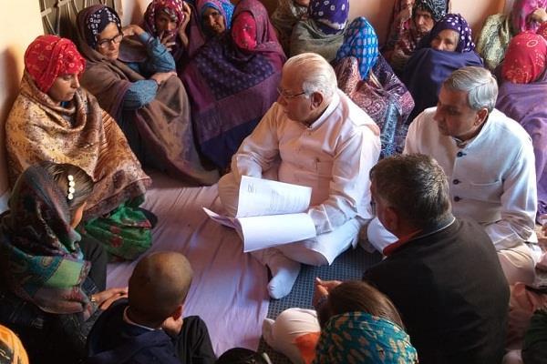 haryana hindi news cm reached at martyr somveer kadyan home