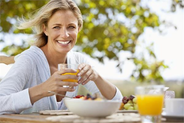 Women's Spl: महिला के लिए 10 जरूरी न्यूट्रीशस, बीमारियां रहेंगी कोसों दूर