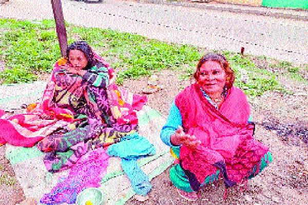woman gave brith on bus stand