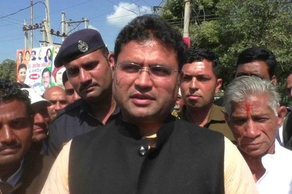 ashok tanwar in sirsa searching candidate