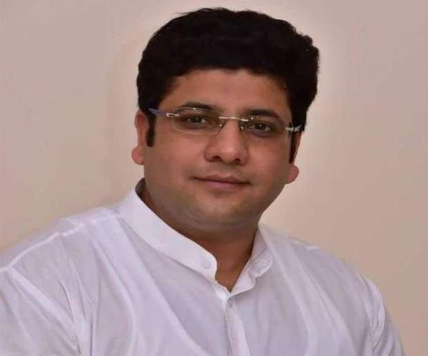 sachin chaudhary will contest from amroha congress instead of rashid alvi