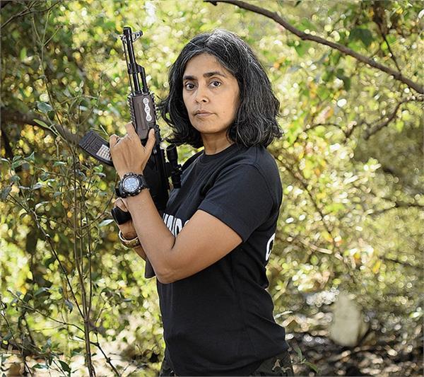 Super Women: भारत की इकलौती महिला कमांडर, आधे सेकंड में शूट करने की देती हैं ट्रेनिंग