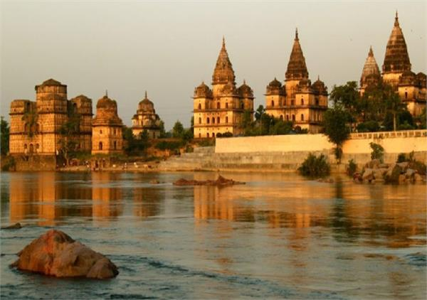 ओरछा की हवाओं में है ऐतिहासिक भारत की खुशबू, जरुर जाएं घूमने
