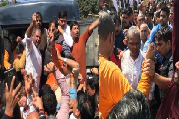 bjp workers arrested including hundreds of lawmakers mps
