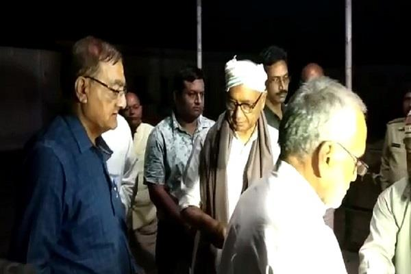 former cm digvijay who arrived in bhopal for the first time as a candidate