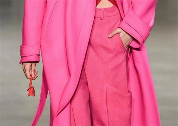 Latest Fashion: दुनिया का सबसे छोटा Micro Handbag, देखने के लिए लगाना पड़ेगा चश्मा
