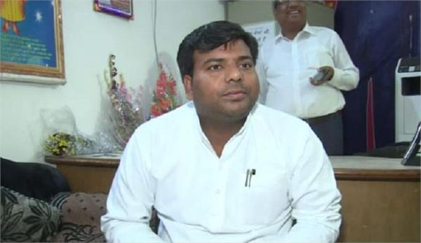 600 mps including sp mp praveen nishad