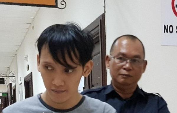 malaysian man gets 10 years in prison for insulting islam