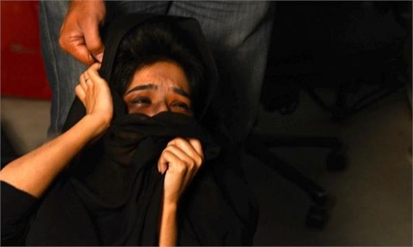 peshawar man chops off wife s hair for  not covering her head  at