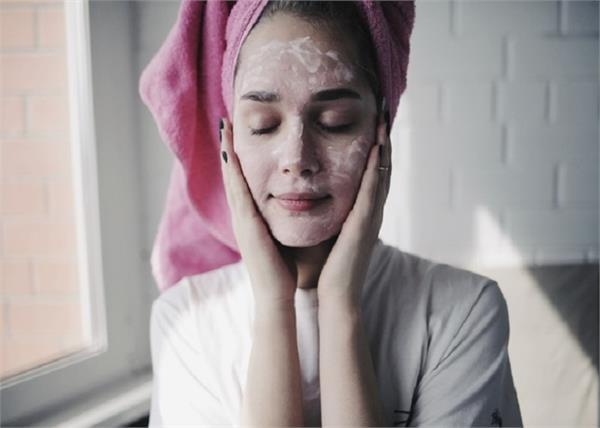 Beauty: स्किन टाइप के हिसाब से यूज करें ये 10 Fruit Face Pack