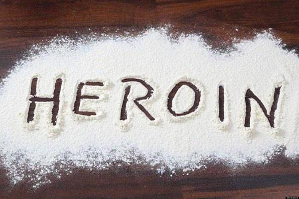 2 smugglers arrested with 5 million heroin