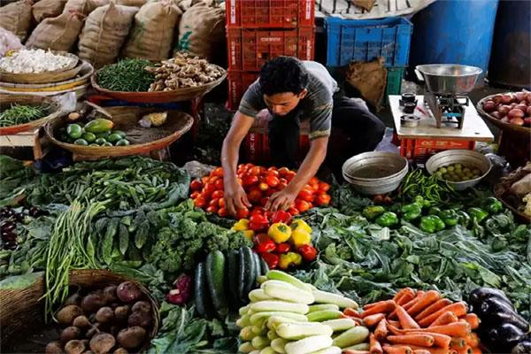 retail inflation rises to 4 month high of 2 57 pc in feb