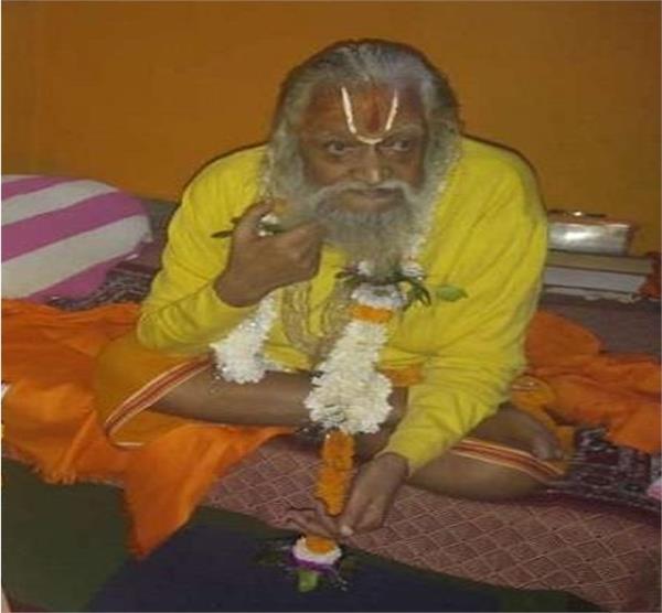 swami purushotthanti senior member of the ram janmabhoomi trust
