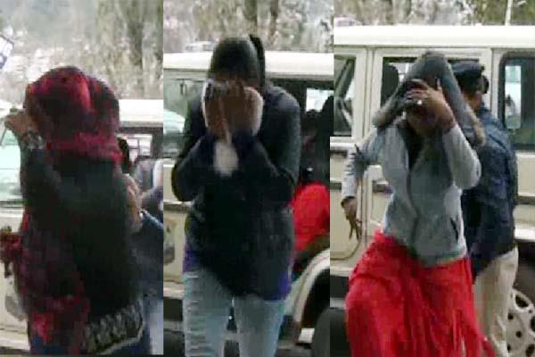 sex racket busted in solan 2 girls including women broker arrested