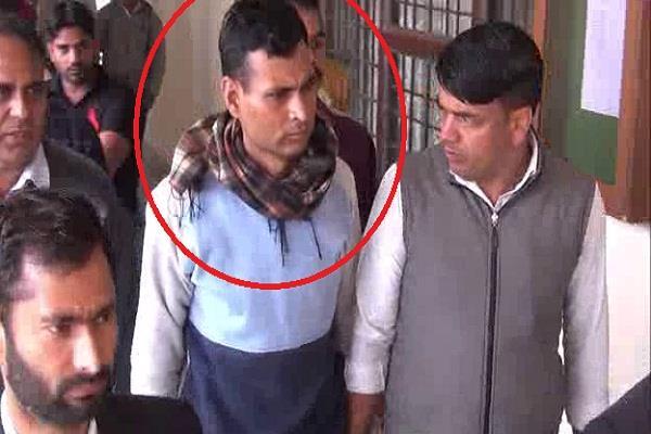 hawaldar sent jail in case of bribery