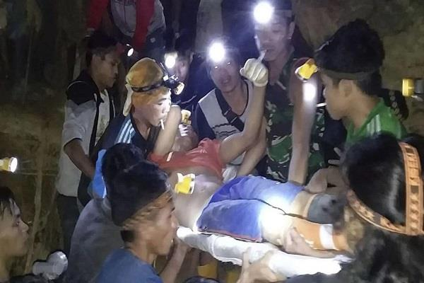 9 killed in mine accident in indonesia