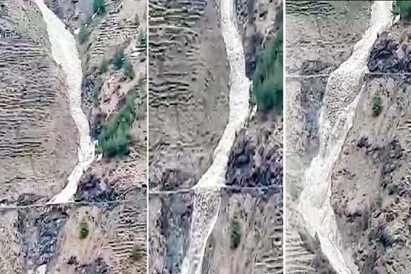 look at the photos the flood of glacier in samra nala of chamba