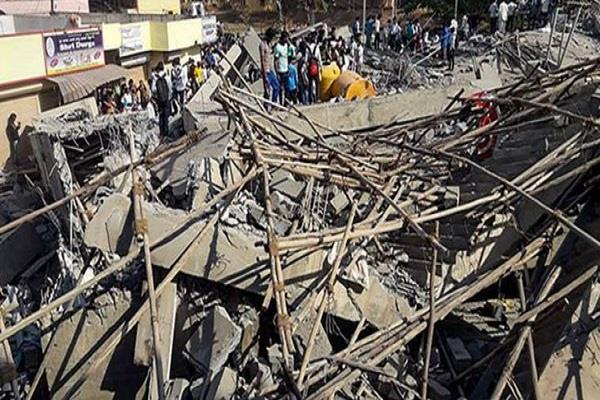 two people died in karnataka building collapse