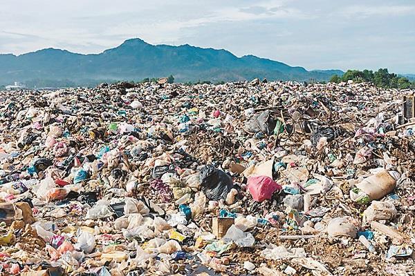 increasing crisis of plastic
