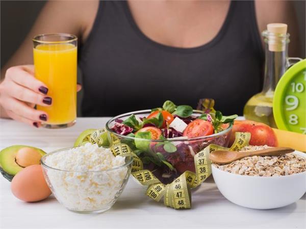 Women Health: वर्किंग हो या हाउसवाइस, ऐसा होना चाहिए आपका Diet Plan