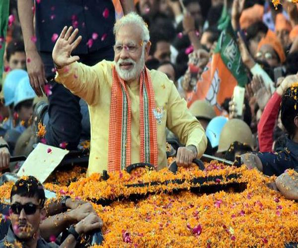 pm modi s first election road show in varanasi today 26 nominations