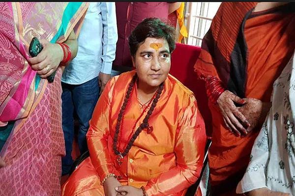 victim s father in malegaon blast filed application against to sadhvi pragya