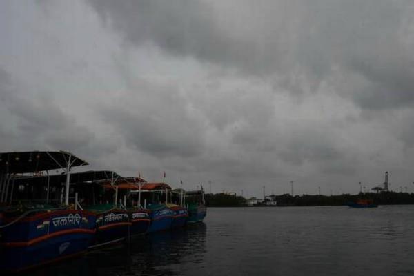 cyclonic storm fani can be dangerous in 24 hours