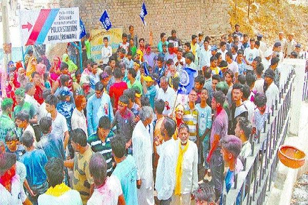 ambedkar s statue fragmented in chang