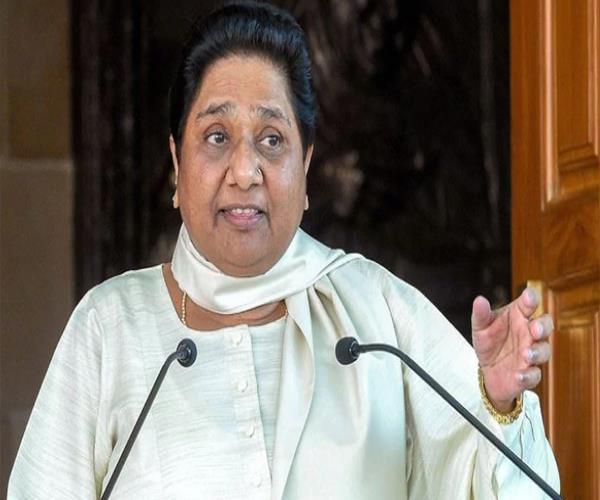 mayawati attacks modi