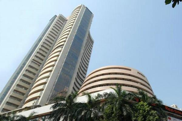 sensex crosses 39000 and nifty opens at 11704