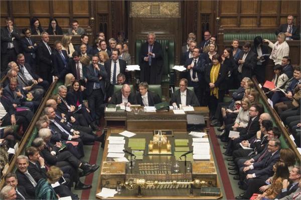 brexit parliament votes through bill to prevent no deal