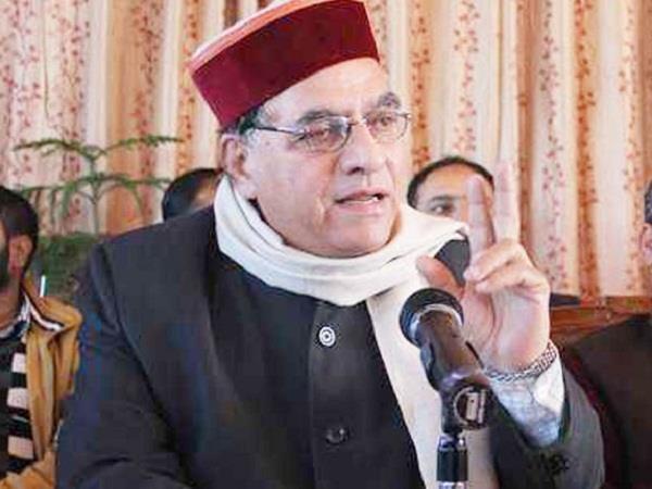 education minister s complaint against osd in ec