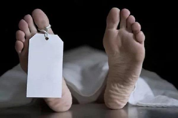 body recovered under railway bridge at ranchi