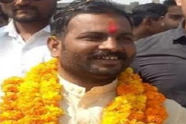 bjp legislator reached the meeting without permission