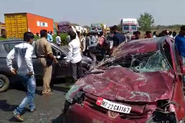 cars killed 3 killed in overtaking rounds
