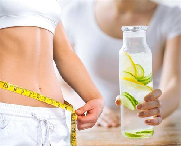 तेजी से वजन घटाएंगी ये 5 Detox Drink, हफ्तेभर में दिखेगा रिजल्ट