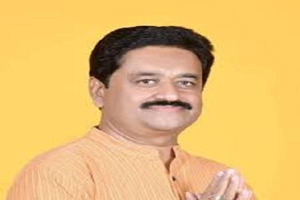 kamal nath s minister told modi and shivraj neech