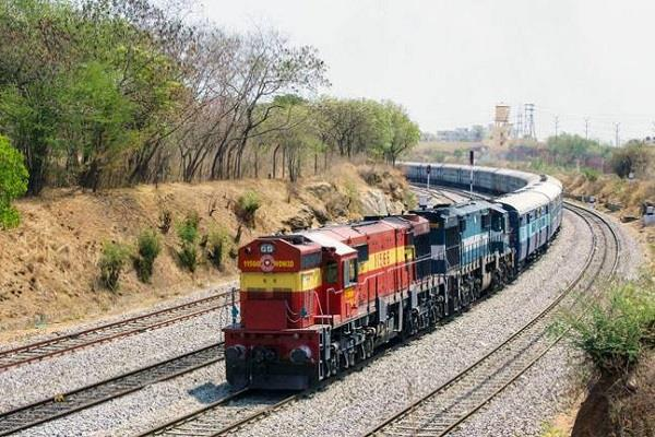 himachal express reached 3 hours 45 minutes late rupnagar