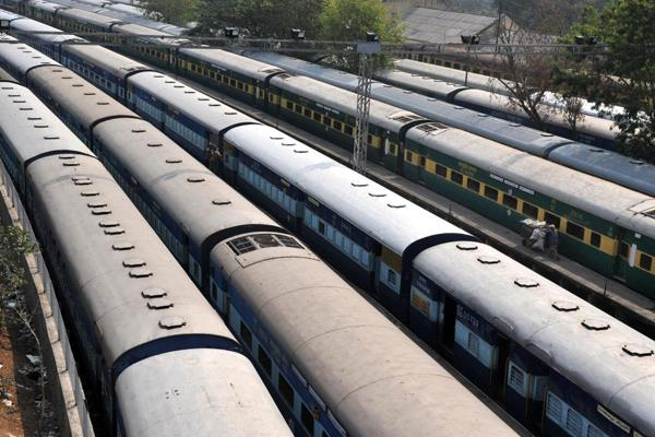 indian railways earning 197 47 crores by selling junk